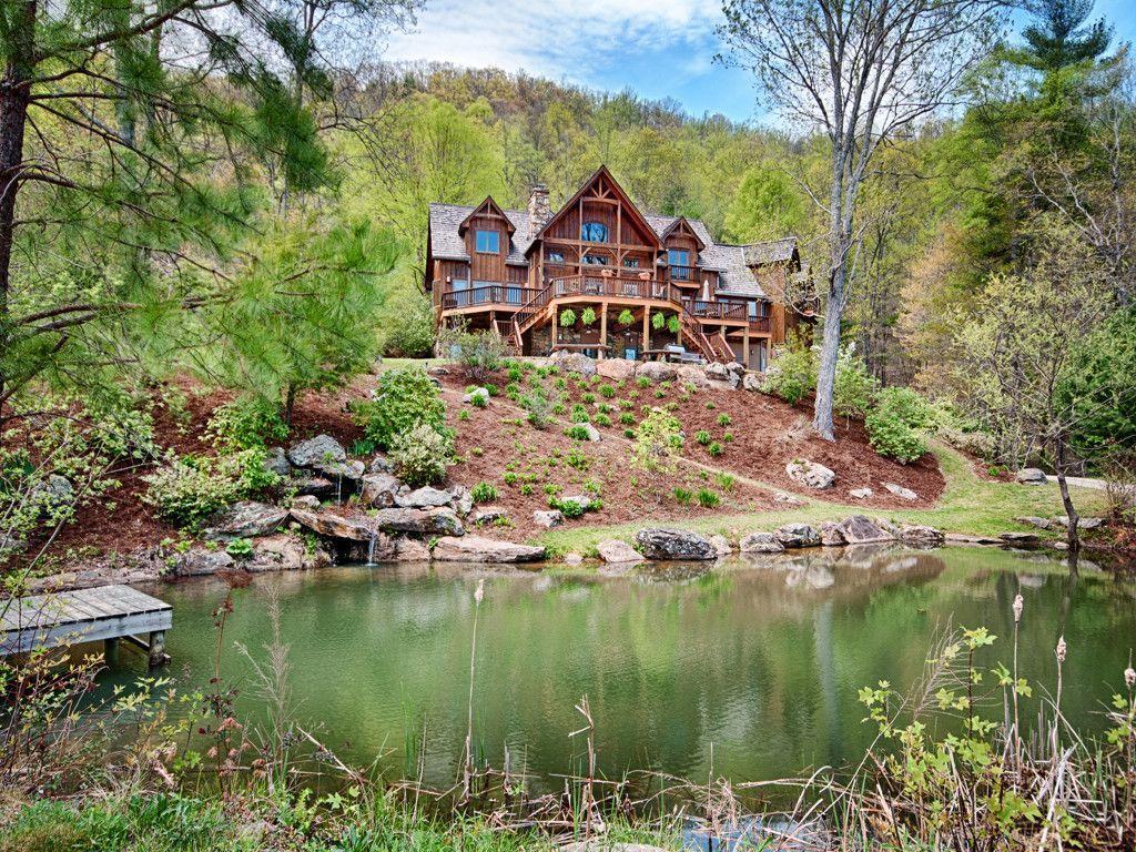 99 Bear Woods Trail in Asheville, North Carolina 28805 - MLS# 3212378